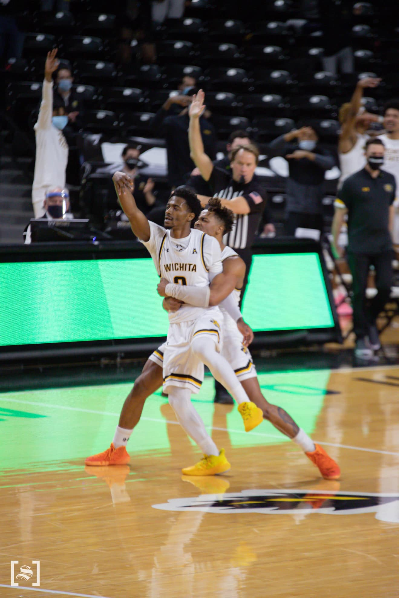 Wichita State Basketball defeats Houston