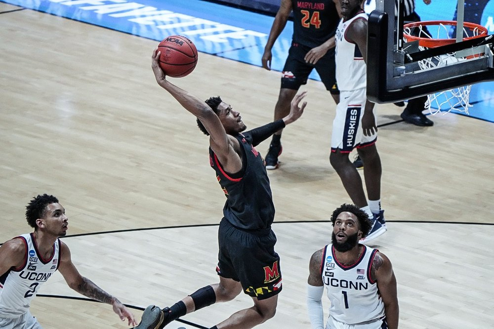 March Madness: Maryland hangs on against UConn