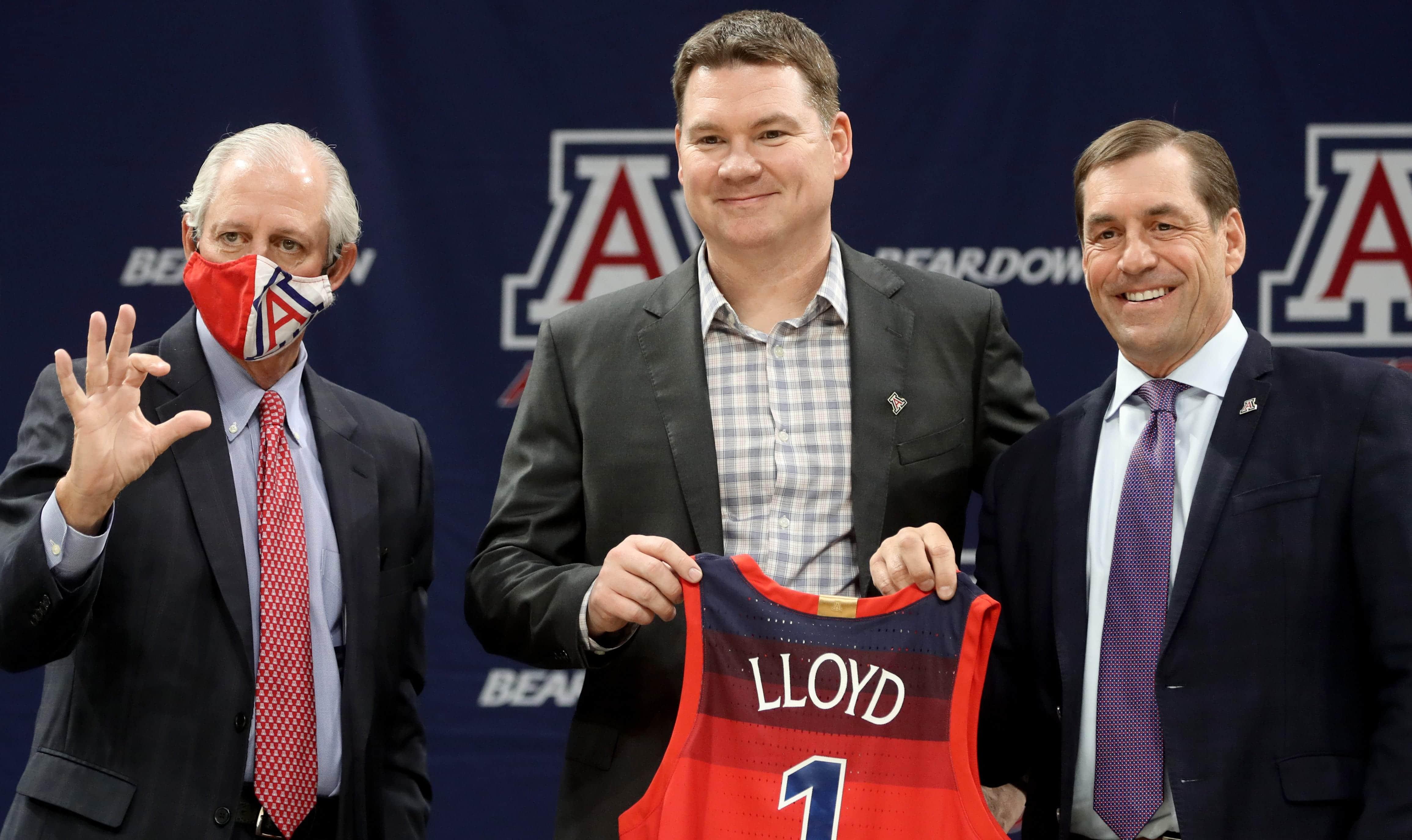 New Arizona basketball head coach Tommy Lloyd.